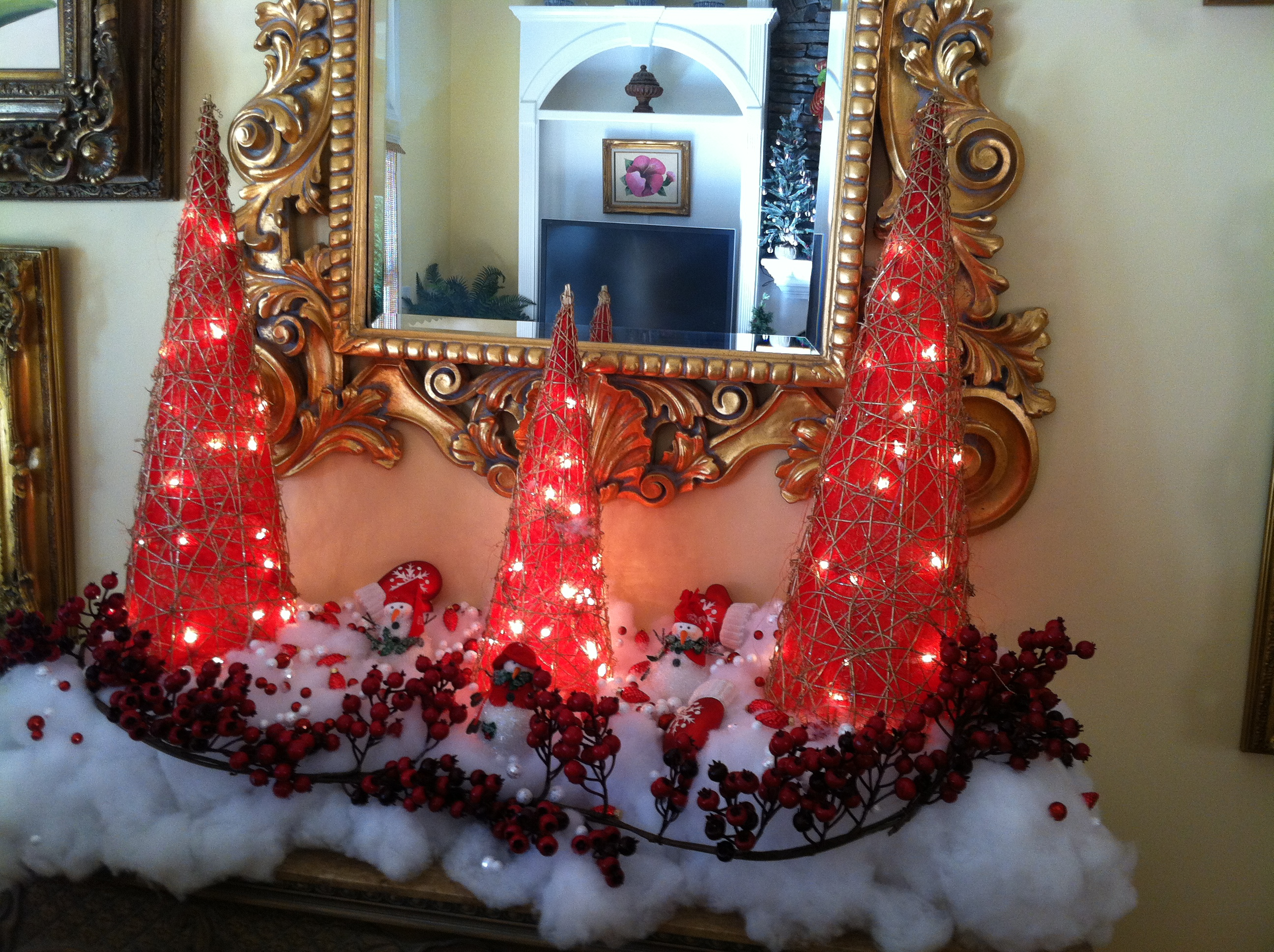 red white christmas trees - Decorating Your Mantel For Christmas