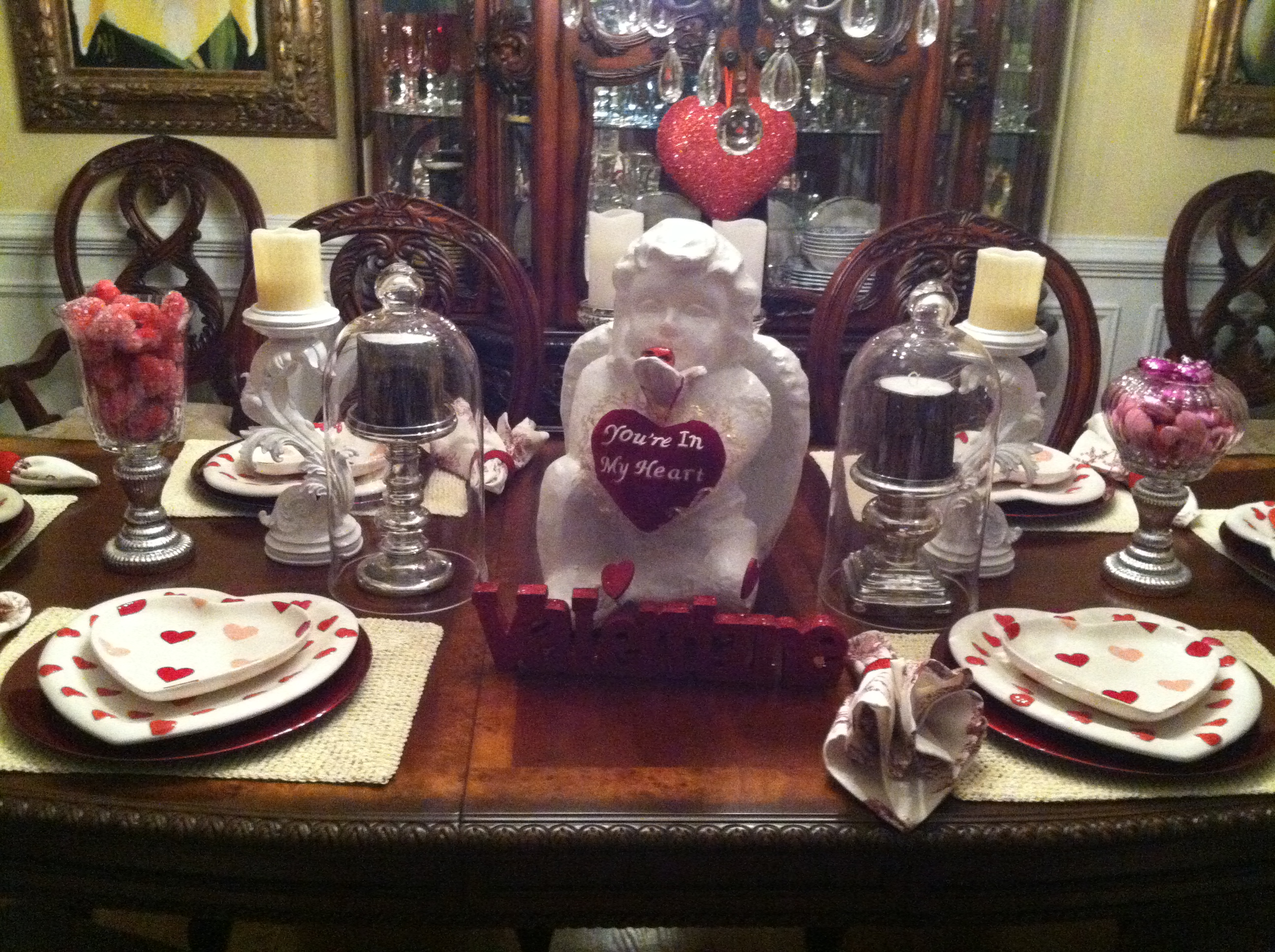 valentines day dining room table decor mommy blogs decorate use a white ceramic angel as your centerpiece this valentines day