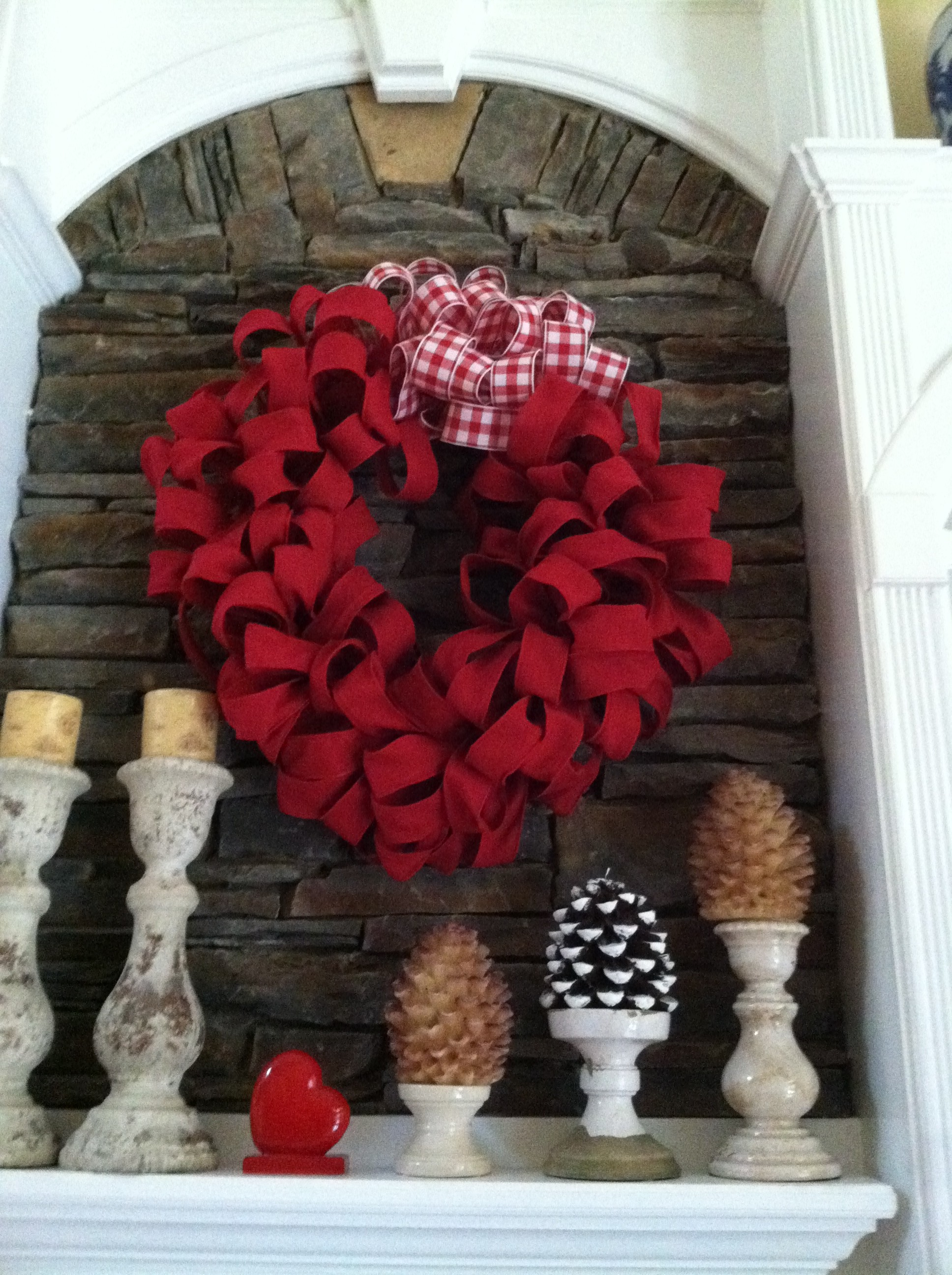 Red Burlap Wreath – Valentines Day