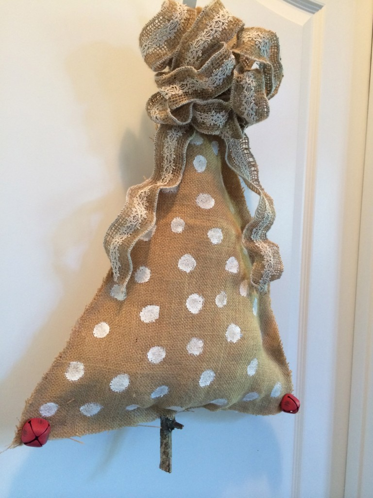 How To Make Our Burlap Christmas Tree Craft Class Project