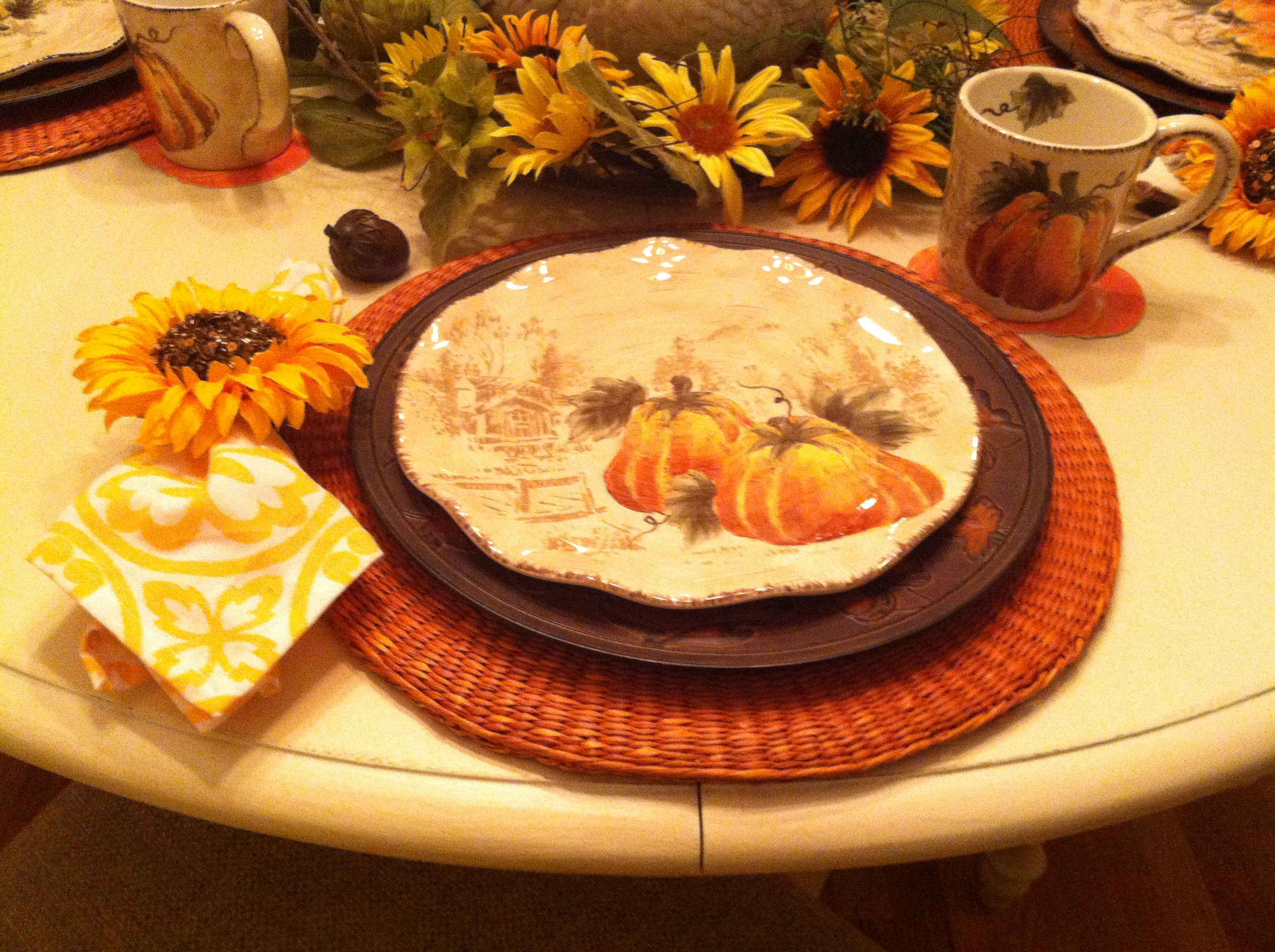 Thanksgiving Idea Mommy Blog Decorate Home Summer Fall Decorating Fall Celebration Decoration Thanksgiving Dinnerware